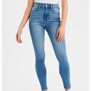 NWT American Eagle Super High Waisted Jegging